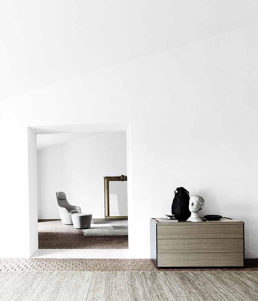 bb-italia-mueble-auxilar-oscar-lacuesta-vitoria-cajonera-diseño